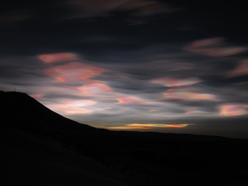Nacreous clouds in North Iceland