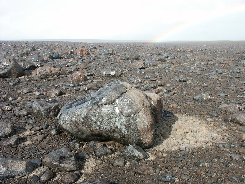 The dry side of stones and the rainbow