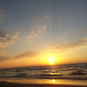 Corpuscular rays and surfer