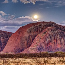 Moonrise at Kata Tjuta