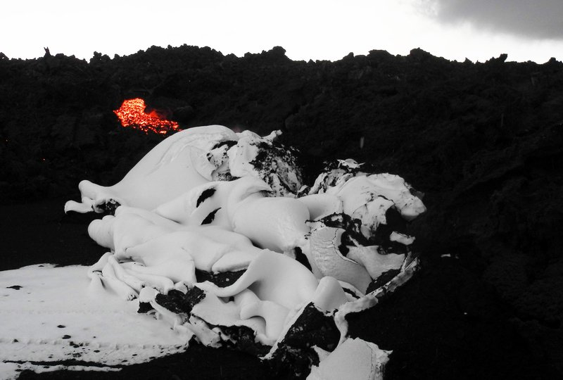 Snow folded by advancing lava