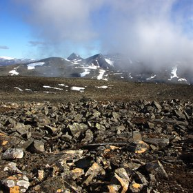 The boulder field on top of Ladebakte mountain