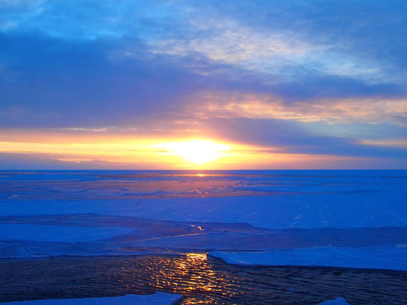 Winter sun in the Ross Sea