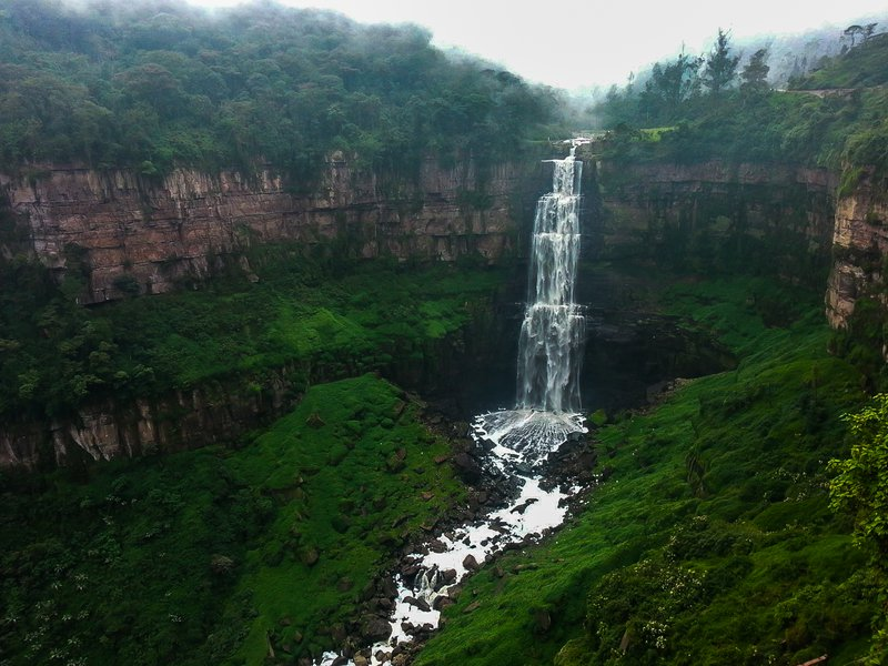 The great jump of the Tequendama