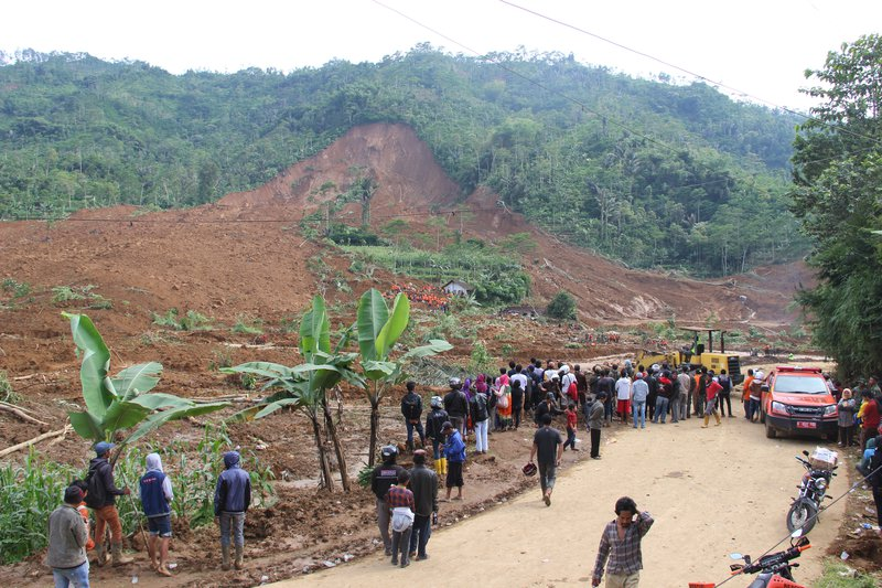 Indonesian landslide buried nearly 100 villagers