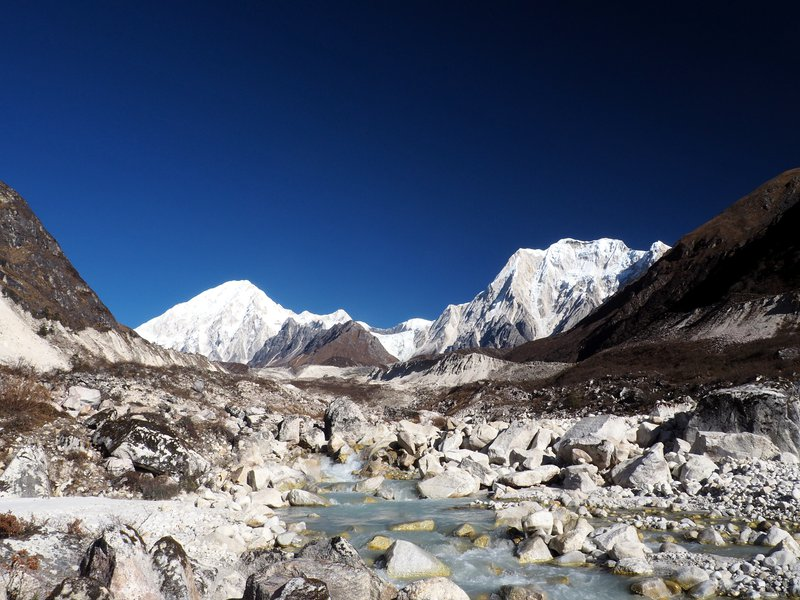 Down from the Larke Pass