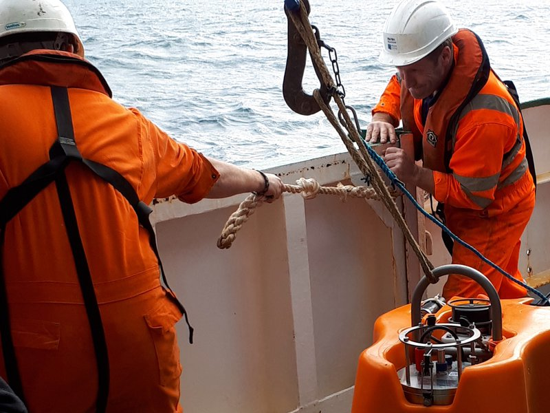 One day at sea as a seismologist