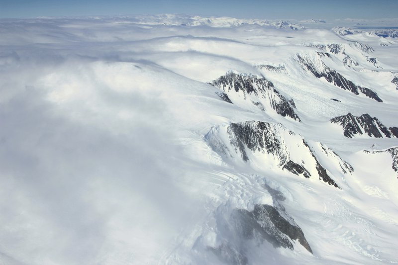 Orographic clouds over the Antarctic Peninsula