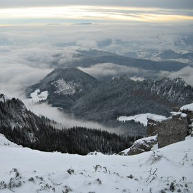 Explore the beauty of the Ceahlău Massif