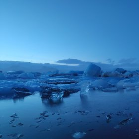 the blue world in JÖKULSÁRLÓN GLACIER LAGOON