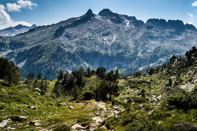 The ridges of the Neouvielle massif - Pyrenees - France