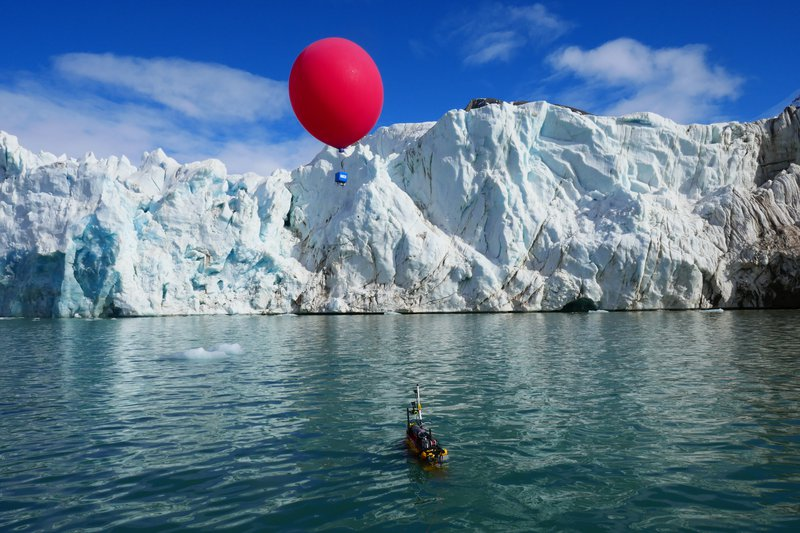 Robotics at the service of the polar science