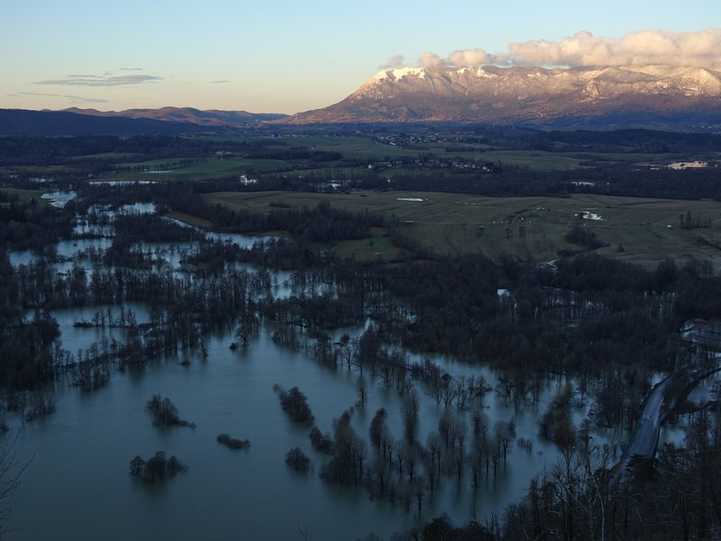 Sunrise over flooded Pivka basin
