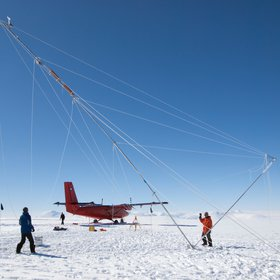 Erecting a tall automatic weather station high on the Antarctic Peninsula